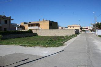 Terreno residenziale ad esposizione angolare